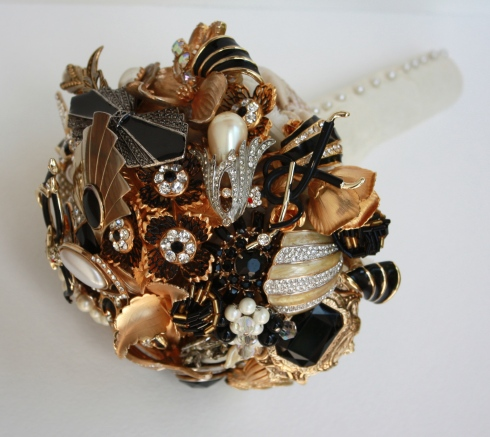 Gatsby brooch Bouquet